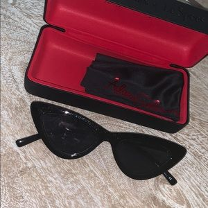 Le specs cat eye sun glasses